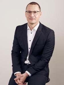 Profilbild von Adam Szendrei Solution Architect (DWH, Cloud) aus Zuerich