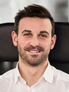 Profilbild von Alexander Varro UX + UI Professional aus Holzkirchen