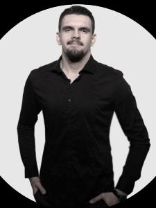 Profilbild von Angelo Pokorny Videoeditor Kameramann Cutter Mediengestalter Editor DoP aus Erlangen