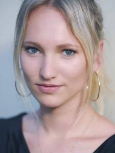 Profilbild von Anne Lippkowski Online Marketing Consultant; Social Media Marketing Experte aus Berlin
