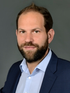 Profilbild von Anton Puetz IT-Berater mit Schwerpunkte SW. Architektur und Projektmanagement. aus DiessenamAmmersee
