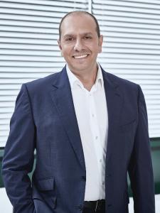 Profilbild von Armen Markarian (Technischer) Projektmanager,  (Proxy) Product Owner, BA, Scrum Master, Digitale Produktentwicklung aus BergischGladbach