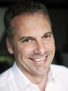 Profilbild von Arne Mentz Interims Manager (CRM, CEM) - zertifizierter PRINCE2 Projektleiter - SCRUM Master - Agiler Coach aus Hamburg