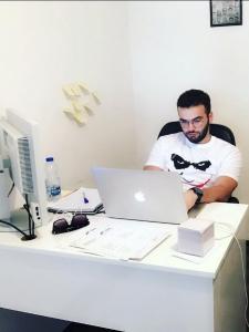 Profilbild von Berat Hoxha Web and Mobile developer aus