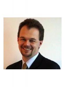 Profilbild von Bjoern Petersdorf Erfahrener Projektleiter und Programm Manager, CRM und BI Fokus, fundierte IT-Erfahrung, Softwareent aus Duesseldorf