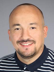 Profilbild von Burak Hayirli Techniker, Rollout Techniker, Floorwalker / Teamkoordinator aus Gladbeck
