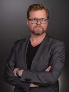 Profilbild von Christian Moench Entwickler, Forscher, Teamleiter (C/C++, Python, Objective-C, Assembler, Java, Embedded) aus Koeln