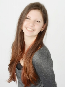 Profilbild von Christina Schorer Grafikerin | Grafikdesignerin | Mediengestalterin aus Augburg