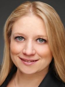 Profilbild von Christine Schmitz Erfahrene Projektleiterin für Digitalisierung aus Schmitten