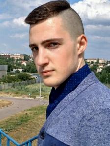 Profileimage by Daniel Kolomoets Web Developer from
