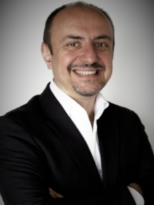 Profilbild von Dimitri Margaritidis Unternehmensberater Telekommunikation und Interimsmanager aus Duesseldorf