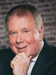 Profilbild von Dirk Brusch Berater: IT-Sourcing / IT-Vertragsmanagement / IT-Controlling / IT-Dienstleistersteuerung aus Niedernhausen