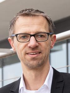 Profilbild von Dirk Hellmuth Interim CDO/CIO, Leadership & moderne Organisation, Digitalisierung, Agile Coach, IT Projektmanager aus Lohmar