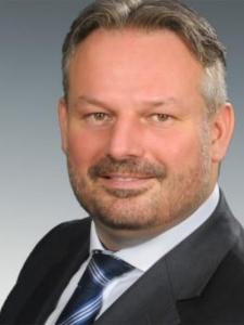 Profilbild von Dominik Hoffmann Executive Management Dienstleistungen in Umbruchsituationen aus Berlin