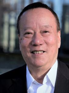 Profilbild von Dung L 40 Jahre ICT Erfahrung als Wirtschaftsinformatiker, Applikationsentwickler (IBM Host, PL/1, Cobol) aus Bern