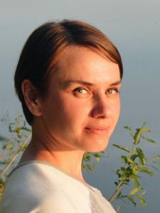 Profileimage by Elena Korolova UX/UI, Product designer & researcher from Kyiv