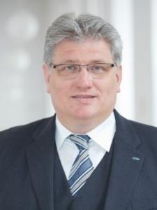 Profilbild von Erwin Risch Senior Projekt Manager PMP / IT-Consulting / IT-Programm/Projekt-Management aus Biedermannsdorf