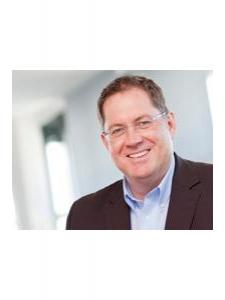 Profilbild von Frank Sommerer Managementberater CRM und Customer Data Integration (CDI) Frank Sommerer aus AubeiFreiburg