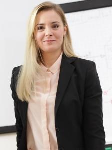 Profilbild von Funda Toprakci Business Analyst aus Offenbach