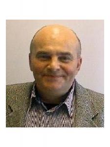 Profilbild von George OjogSchulze IT Berater aus Stuttgart