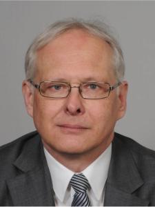 Profilbild von Helmut Franz Software Lizenzmanagement, Geschäftsprozessoptimierung, Data Quality Management. Projektleitung aus BadHomburg