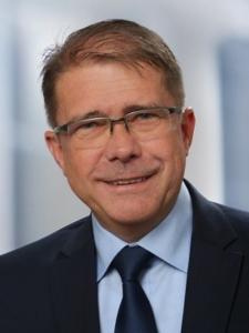 Profilbild von Hermann Ruprich Seniorberater Bankmeldewesen (Abacus/DaVinci, Abacus360, BAIS) mit hoher IT-Affinität aus Essenbach