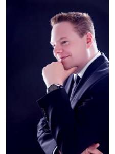 Profilbild von Anonymes Profil, Restrukturierung Neuorganisation Business Change Management - LinkedIn oder +49 2302 98395000