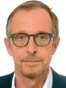 Profilbild von Jochen Bremshey Head of IT-Procurement, Head of IT-Sourcing & Procurement, Senior Executive Consultant aus Marienfeld