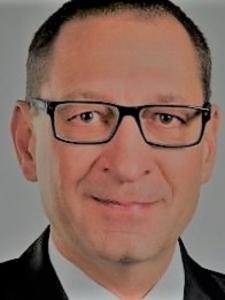 Profilbild von Johannes Schaeffer CFO und Projekte TR, AC, CO (Konzernabschluss, Finanzierungen, Digitalisierung, Restrukturierungen) aus Altdorf