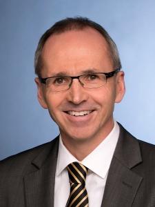 Profilbild von Julian Fuchs IT Interim Manager / Programmleitung / Projektleitung / Projektmanagement aus Darmstadt