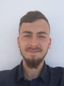 Profilbild von Julian Hirn NAV Entwickler/Berater aus Neumarkt