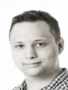 Profilbild von Julian Schaedler Projektleiter, Webdesign, E-Commerce, Fulfillment, Social Media, SEO, Digital Workplace, SQL, ... aus Hohenems