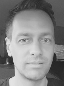 Profilbild von Kai Niklas  C / C++ / OpenGL ES / PHP /  HTML / JS / CSS - Entwickler aus Oberhausen