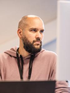 Profilbild von Karolis Ausra Senior CPM- und BI-Entwickler (Jedox + Excel + Power BI) aus Hannover