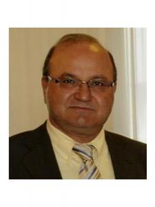 Profilbild von Khosrow Tadjrobehkar Senior Tester, Administrator und DB Spezialist mit langjärigen Erfahrungen in Telekom. und Industrie aus Aachen