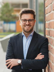 Profilbild von Konstantin Silav Freiberuflicher Softwareentwickler / Koordinator, Anwendungsentwickler, Teilprojektleiter aus Duesseldorf