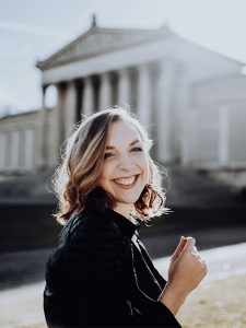 Profilbild von Laura Kessner Social Media Marketing | Foto- Videographin aus Muenchen