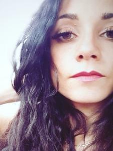 Profileimage by Laura caparrelli graphic designer from