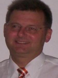 Profilbild von Manfred Mildner Technische Dokumentation für Data-Center, gemäss ISO 27001/27002 & BSI 100-3/100-4 aus Buende