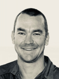 Profileimage by Mike Back B2B Strategic Marketer from