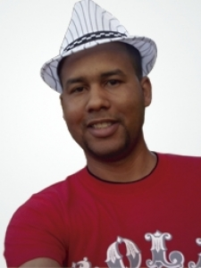 Profileimage by Octavio Enrique Born in Cuba, humble, stable, responsible and hardworking looking for economic improvement nonprofit from LaHabana