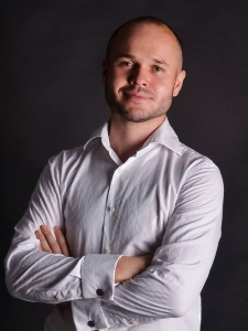 Profileimage by Oleksandr Semeniuk CEO at Honeycpmbsoft from