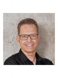 Profilbild von Oliver Muth Grafikdesigner aus BadVilbel