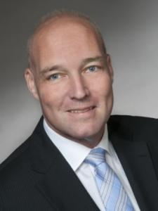 Profilbild von Peer Reymann Senior Consultant (CISA) / Lead Auditor Datenschutz und IT-Sicherheit (ISO 27001 u. BSI-Grundschutz) aus Norderstedt