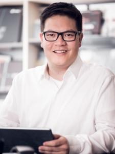 Profilbild von QuynhChristian HaNgoc Erfahrener e-Commerce Projekt- und Interimsmanager mit ausgeprägter Textil- und Fashionexpertise aus Roettenbach