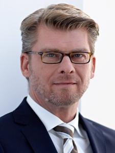 Profilbild von Ralph Dobbeck Senior Manager Marketing/Kommunikation aus Eppstein