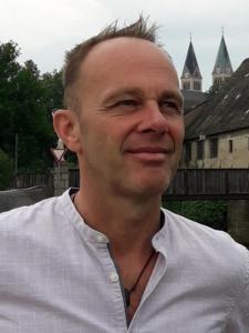 Profilbild von Ralph Multhammer Microservices-Architekt, IT-Coach, Software Craftsman, Konzeptionist aus Hohenbrunn