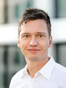 Profilbild von Ren Wick Senior-Entwickler, IT-Architekt und Berater aus Muenchen