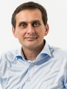 Profilbild von Robert Cerny Entwicklung und Betrieb von Online-Systemen aus GauBischofsheim