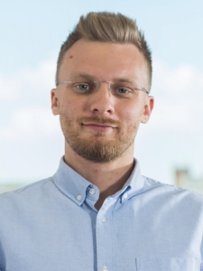 Profileimage by Roland Huhn iOS Android Developer from Temeswar